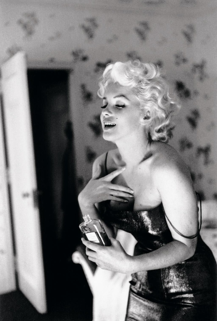 Marilyn Monroe N°5: Chanel No 5, Chanelno5, Coco Chanel, Marilyn Monroe, Monroe Chanel, Chanel No5, Chanel N5, Norma Jeans, Photo