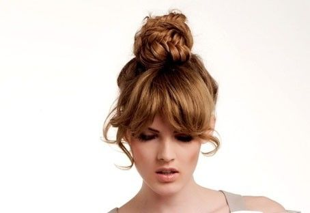 Pettinature raccolte semplici: tendenze hairstyle 2013
