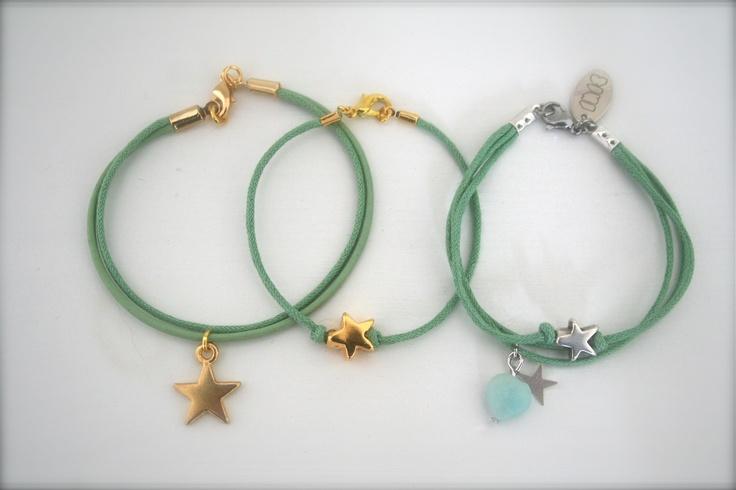 Zomer gevoel!!  Met deze mooie groene armbanden!        www.facebook.com/sieradenlijn.inis