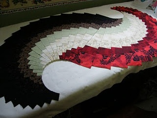 You can find tutorials for this spicy table runner - might need to search for 1 & 3. This is Part 2