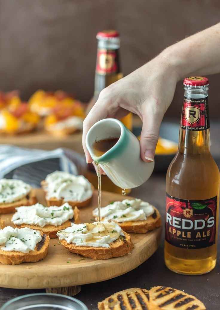 I've partnered with Pints and Plates to show how pairing your favorite recipe with your favorite beer can up the flavor! This WHIPPED GOAT CHEESE CROSTINI is the perfect appetizer for any party or celebration and couldn't be easier. SO YUM! #ad #PintsandPlates