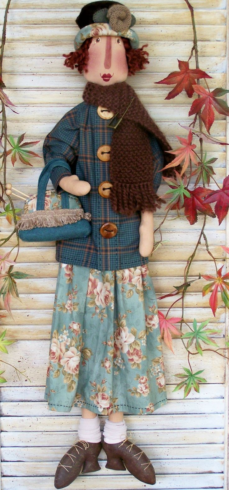 Florence pattern by Annie Smith I've always liked to wear tweed blazers with flowered skirts.