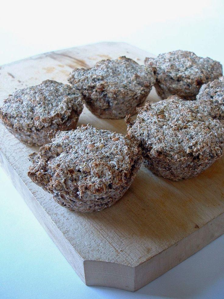 Második alkalommal készítettem el ezt a muffint, amihez a kiinduló receptet itt találtam. A tészta állaga nagyon jó, kelt tésztás jellegű, ráadásul...