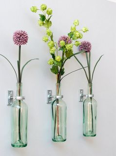 DIY wall decor: Decor, Ideas, Craft, Wall Vase, Wine Bottles, Wine Bottle Vases, Diy, Flower