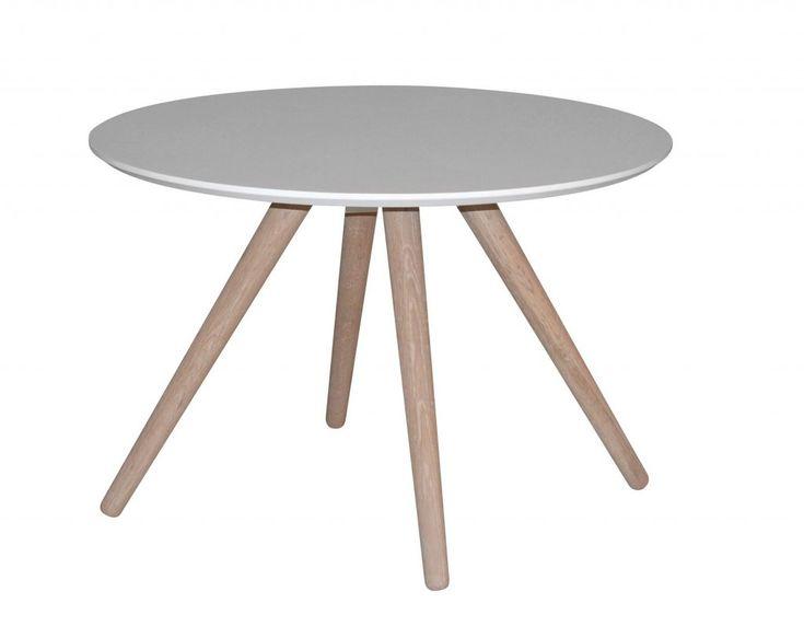 Stavanger är ett stilren ovalt soffbord med en topp i högtryckslaminat och vitlaserade träben. Toppen finns i vitt eller svart och olika storlekar. Mått: 70x70x50cm