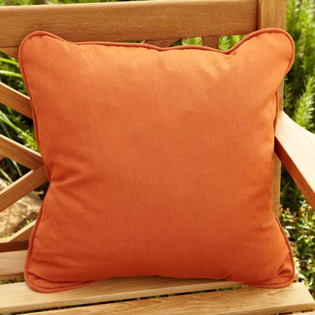 Clara Rust Indoor/ outdoor 22-inch Square Outdoor Sunbrella Pillow (Set of 2) (Rust), Gold (Acrylic), Outdoor Cushion
