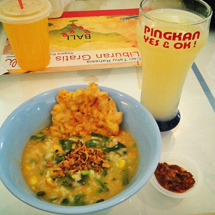 Bubur Manado and Orange Juice at Pingkan