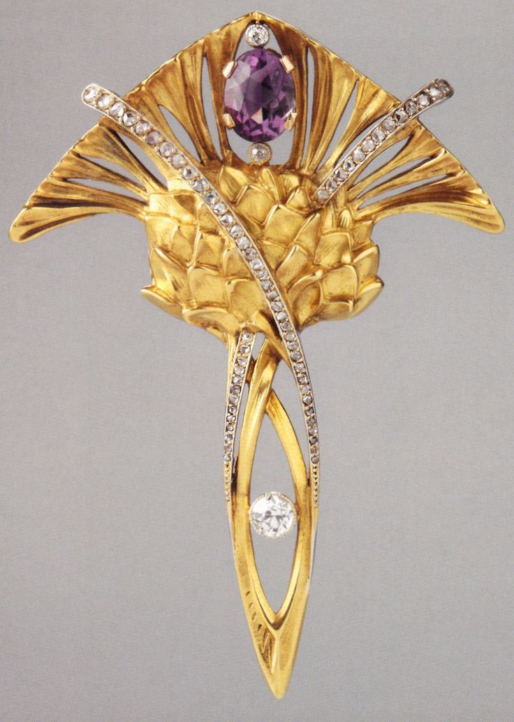 Maurice Robin & Cie, Paris - An Art Nouveau Thistle pendant, 1903-10. Composed of gold, platinum, amethyst and diamonds. 6.8 x 4.8cm. Source: Wolfgang Glüber, Jugendstilschmuck #MauriceRobin #ArtNouveau #pendant