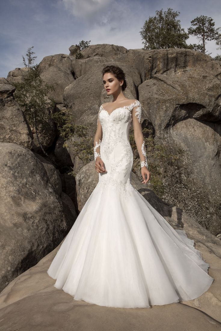 Legendary Wedding Boutique: Enchanted Collection 2017 005a
