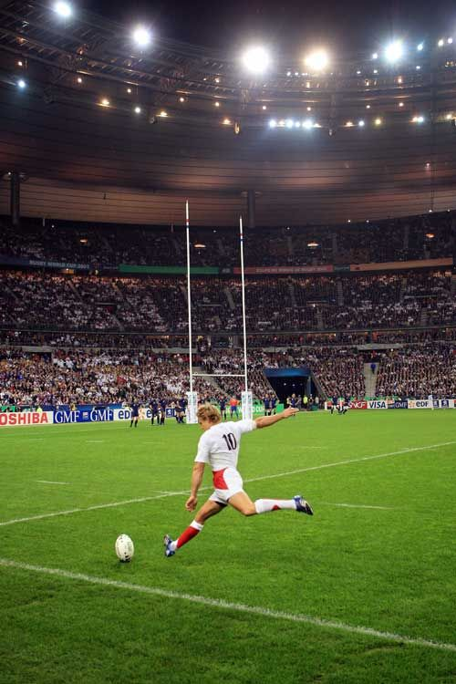 Go Jonny!  Jonny Wilkinson boots England to World Cup final