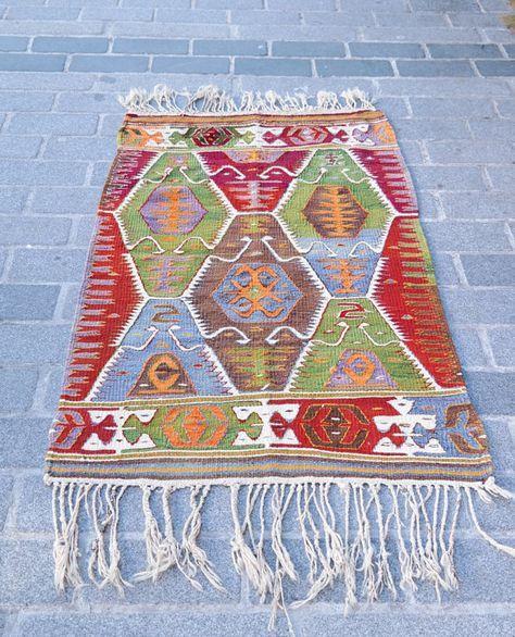 Turkish kilim rug  Kilim rug  Kilim  Anatolian by Arzuvintageshop