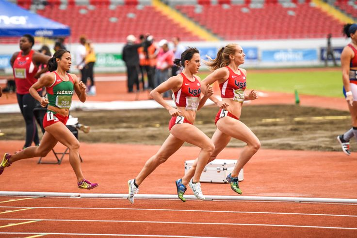 Rachel Schneider and Shelby Houlihan lead the way in women's 1,500 meter run at the NACAC Championships in San José on Saturday, August 8, 2015. ... Lolo Jones, Team USA shine at track and field championships in Costa Rica -The Tico Times