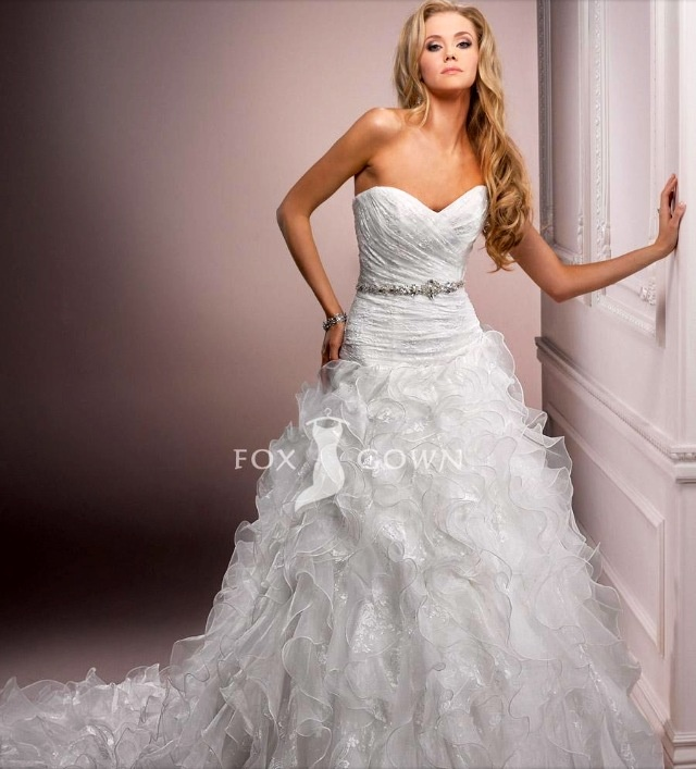Flirty Wedding Dresses 7