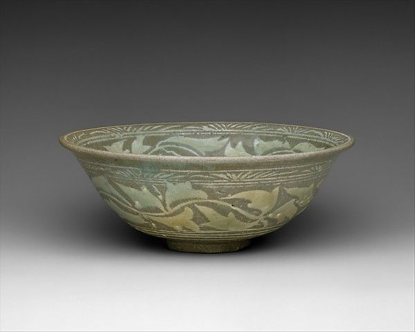 """Bowl decorated with peony leaves and chrysanthemum, 15th century. Joseon dynasty (1392–1910). Korea. Purchase, The Vincent Astor Foundation Gift, 2002(2002.132) 