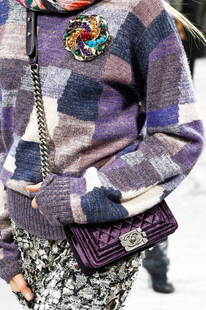 Chanel Fall 2012 Ready-to-Wear Fashion Show Details