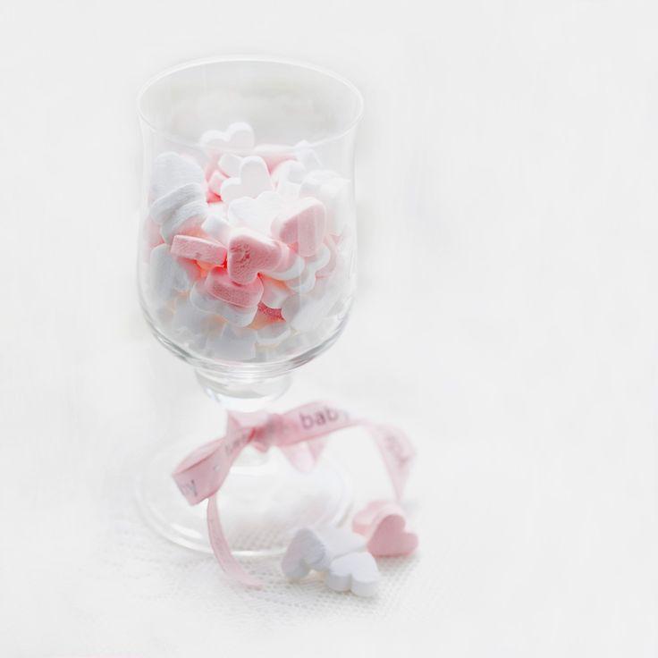 Entra en La pañalera prodigiosa y elije tu original regalo para bebe.