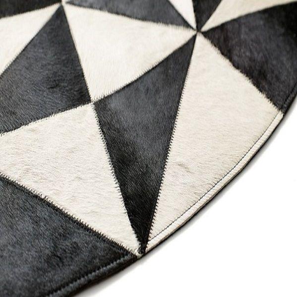 Круглые ковры из шкур : Круглый ковер из шкуры