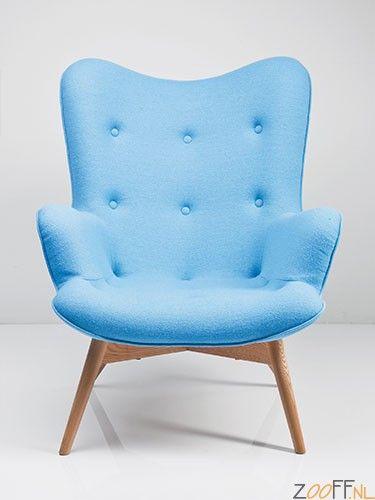 Kare Design Angels Wings Fauteuil / Armstoel Blauw - Zeer charmante stoel uitgevoerd in fris blauw. Met fijn gevormd, gebogen zitvlak, bekleed in Chesterfield stijl (gekapitonneerd). Met bekleding van hoge kwaliteit wol en een frame van massief gelakt beuken.