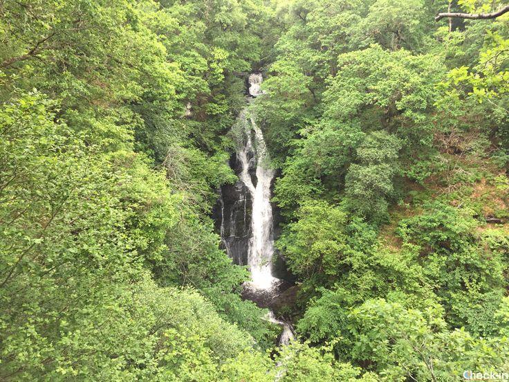La Black Spout Waterfall a Pitlochry, #scozia