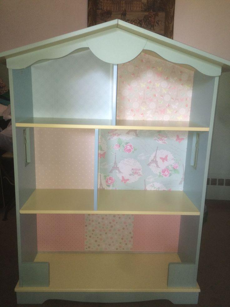 Librero pintado y transformado para casa de American Girl