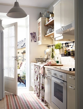 make a galley kitchen feel larger with a white colour scheme country kitchen decoratingkitchen - Tiny Country Kitchen Design Ideas