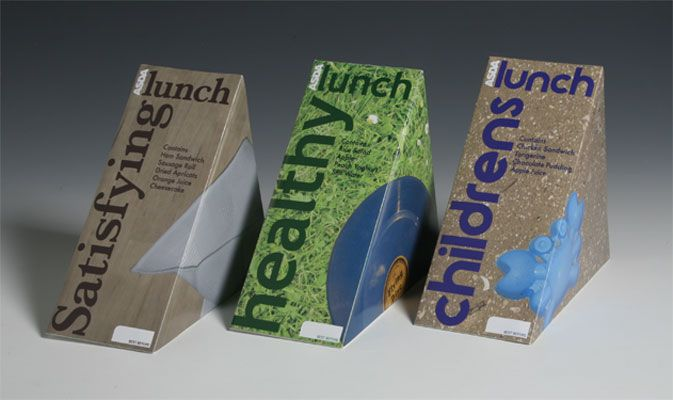 These are the coolest sandwich packaging ideas! They fold out and the inside of the boxes have little plate images!
