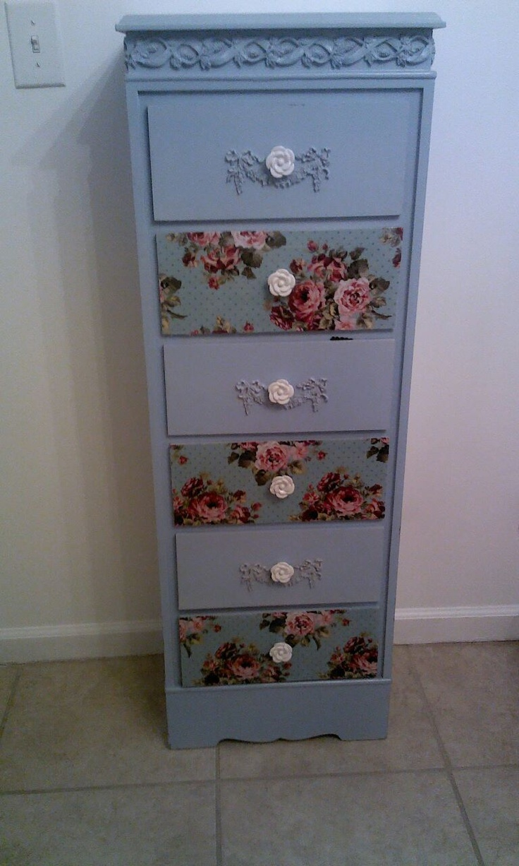 Here's another piece of decoupaged furniture that I finished in one day.. Easy projects.