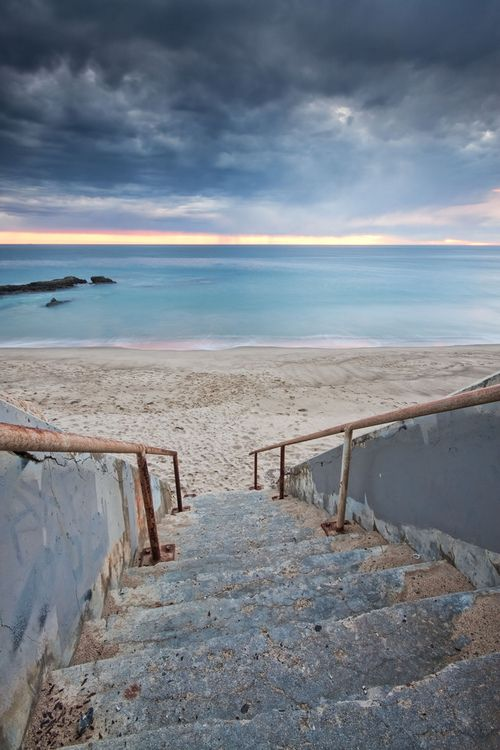 Stairway to the sea, Ventura County | California (by Jon Bakke)