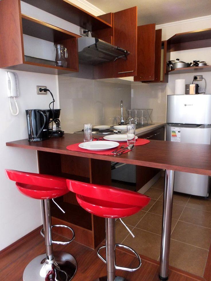 cocina moderna en uno de los departamentos que arrendamos.