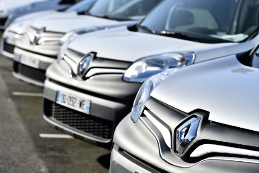 Renault shares plunged, closing 2.9 percent lower on the Paris stock exchange at 83.76 euros, while the overall CAC 40 index rose 1.2 percent