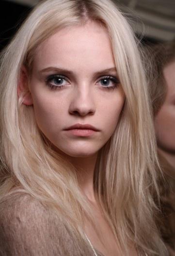 16 Best Pale Skin Blonde Hair Images On Pinterest