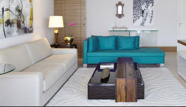 sala sofá azul esverdeado