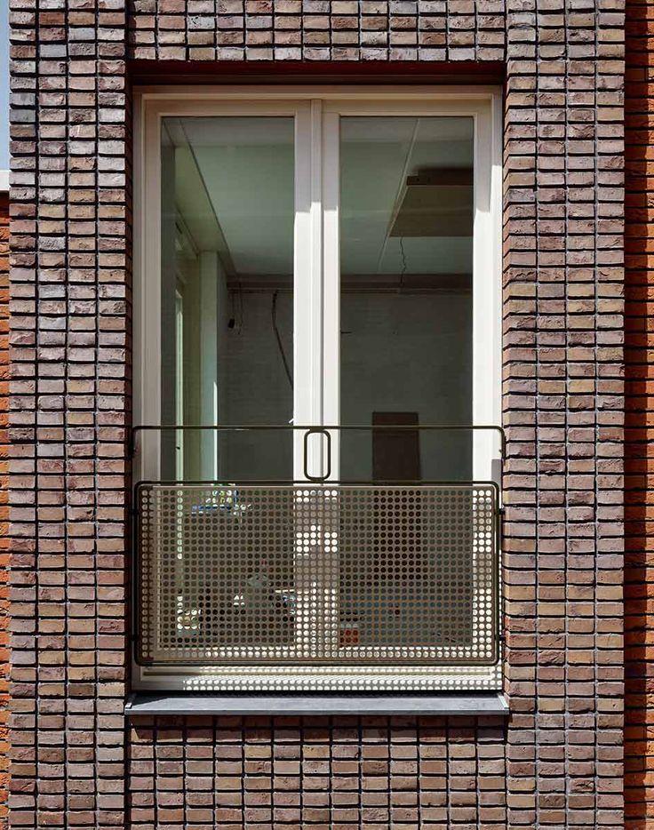 © Stefan Müller - Oranjeboomstraat / Hans van der Heijden Architect