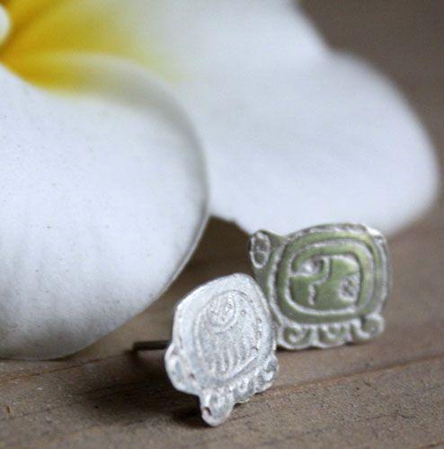 Boucles d'oreilles Tzolkin Tzolkin, puces en argent du calendrier Maya personnalisées