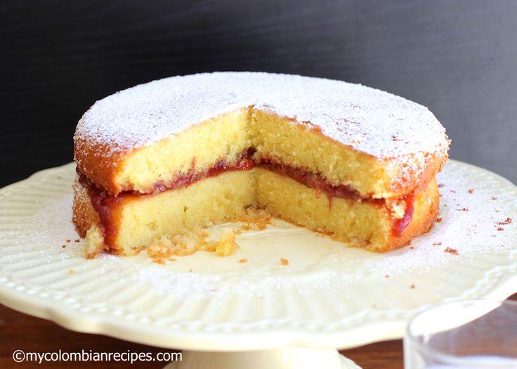 Torta Maria Luisa (Colombian Maria Luisa cake)