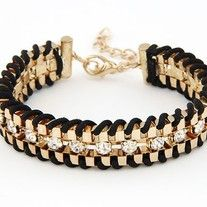 This multi-layer bracelet is made up of linked rhinestones wrapped with fabric rope.   Available in 7 colours (please contact me if you want the brown colour since only 6 variants can be posted)  Length: 17CM Clasp Type: Toggle-clasps Metals Type: Zinc Alloy
