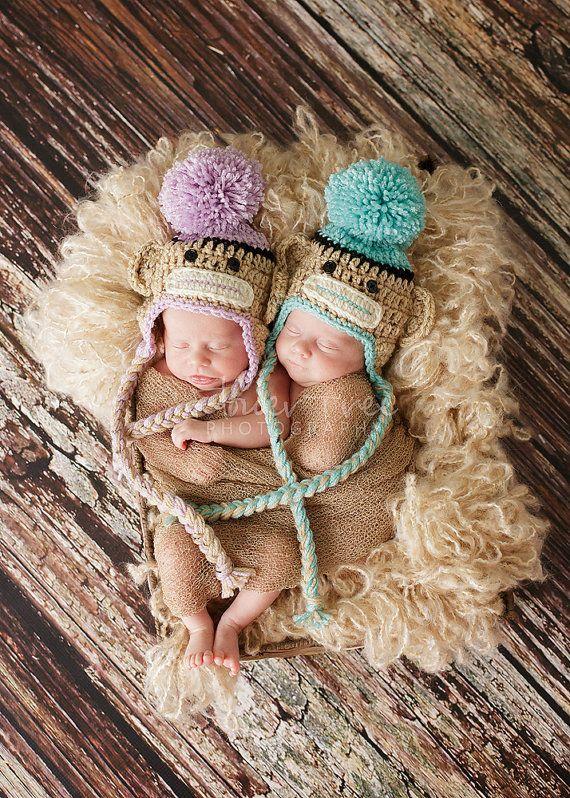 Newborn Sock Monkey Hat Newborn Twin Hats por VioletsPlayground