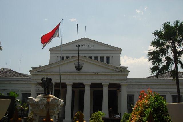 Wonderful Indonesia - Heritage Sites in Jakarta