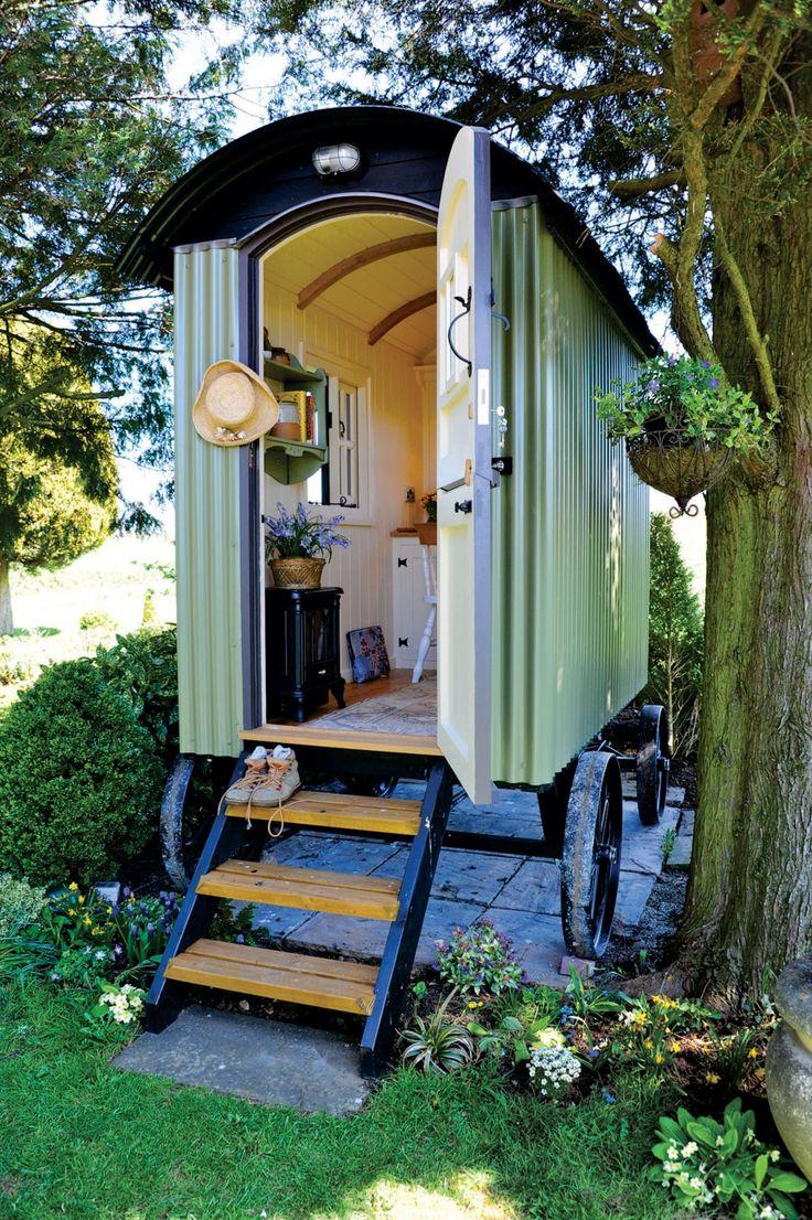 die besten 25 einachser ideen auf pinterest sch ferwagen gebraucht haus am see vermietung. Black Bedroom Furniture Sets. Home Design Ideas