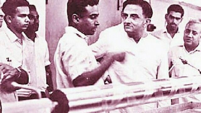 Young APJ Kalam in ISRO with Vikram Sarabhai   Dr APJ Abdul Kalam one of the few scientists who worked with Dr Vikram Sarabhai at the ISRO right from the start. It was during his tenure that India reclaimed itself as a nuclear state in 1998 and therefore Kalam is rightly called the Missile Man of india.