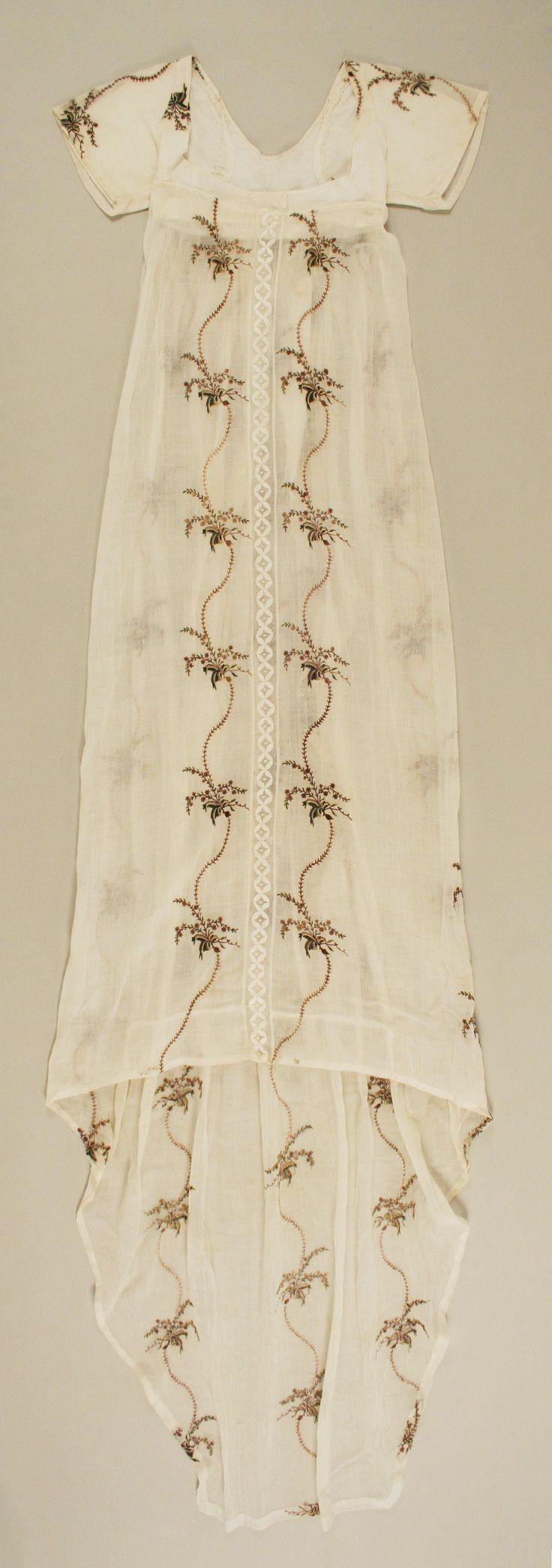 Evening dress | probably British | The Metropolitan Museum of Art