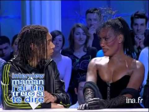Grace Jones and her son Paulo Goude on a French talk show (VIDEO)