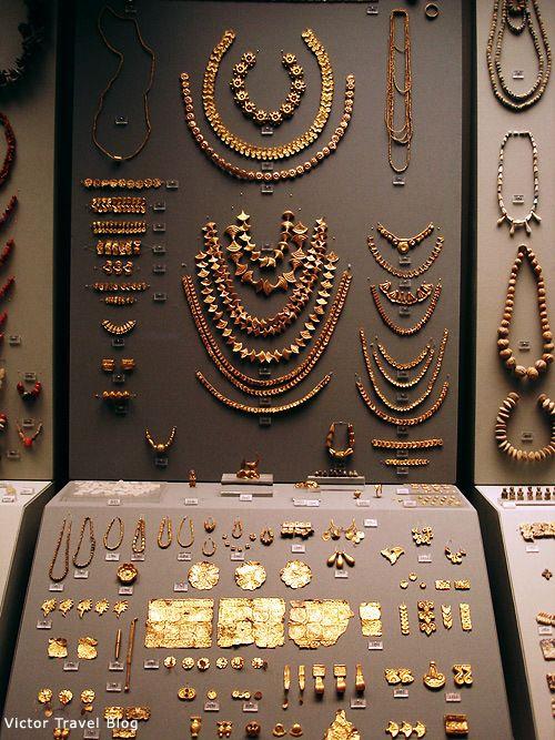 Heinrich Schliemann's gold found in Mycenae. Greece.
