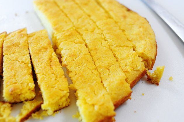 Skillet cornbread from The Pioneer Woman. So easy!