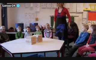 Rekenen - Maniertjesdoos 5: Mierenhoop - Video - leraar24. Structuren ontdekken en bedenken door mierenhopen te bouwen.