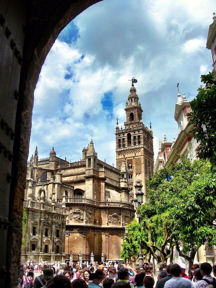 Catedral de Sevilla y Giralda (Sevilla - Spain)