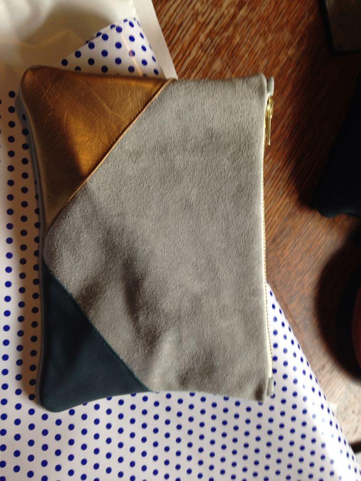 Pochette cuir tricolore cousu main!!