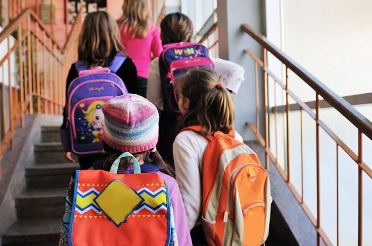 How to Avoid Neck and Back Pain from Backpacks