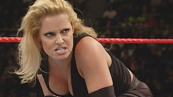 Trish Stratus demolishes Victoria: Raw, Jan. 3, 2005 (WWE Network Exclusive)  ||  Days ahead of vying for the WWE Women's Championship at New Year's Revolution, Trish Stratus gets a commanding win over Victoria on Monday Night Raw: Courtes... https://www.youtube.com/watch?v=MJiivfPRxGY