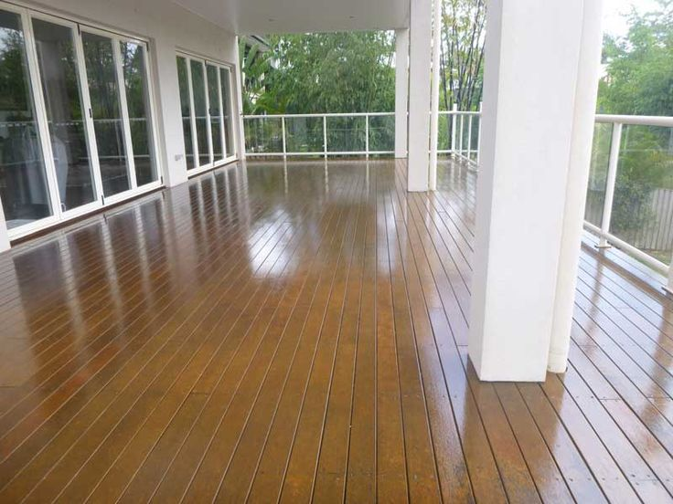 We stained this huge deck, and it came out beautiful! http://kraudeltpainting.com.au/